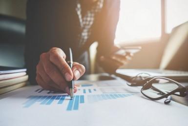 ¿Qué factores debes considerar para invertir en un inmueble?