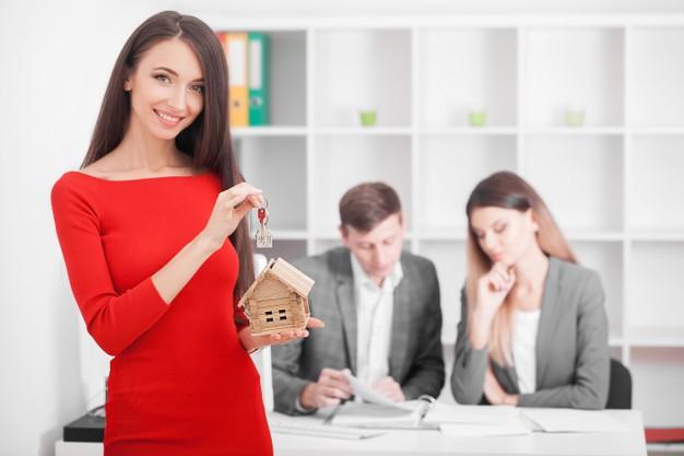 ¿Es buena idea comprar tu vivienda en pareja?